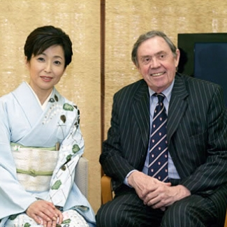 Press conference with Secretary-General Johnston of the Organization for Ecconomic Cooperation and Dvelopment(OECD) on March 26, 2005