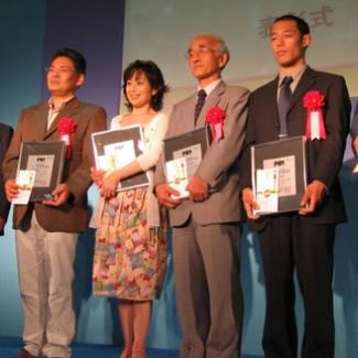 8月18日、群読叙事詩劇「一粒の種」が上演2,000回を迎えました。