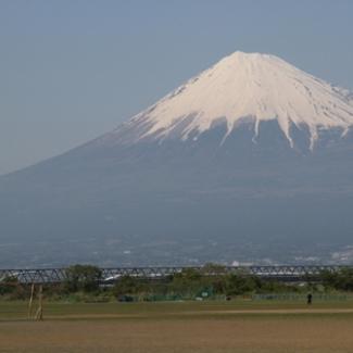 美しい日本~富士山と新幹線