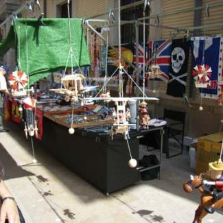 Flea market (1)