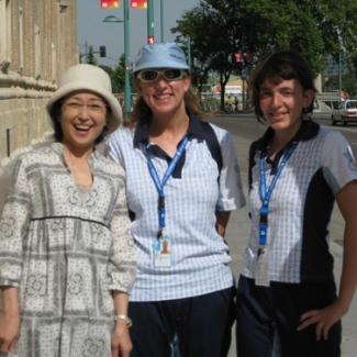 サラゴラ旧市街にて、ボランティアの万博スタッフから 「こんにちは」と日本語で声をかけられました!