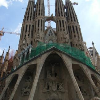 世界遺産 「サグラダ・ファミリア聖堂」 西側 受難のファサード