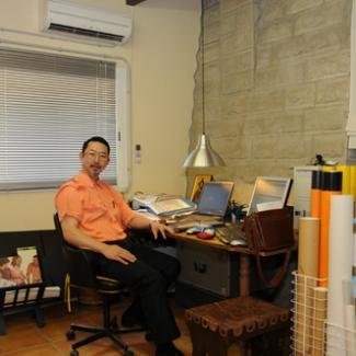 外尾さんのオフィス もちろん教会の中の一室